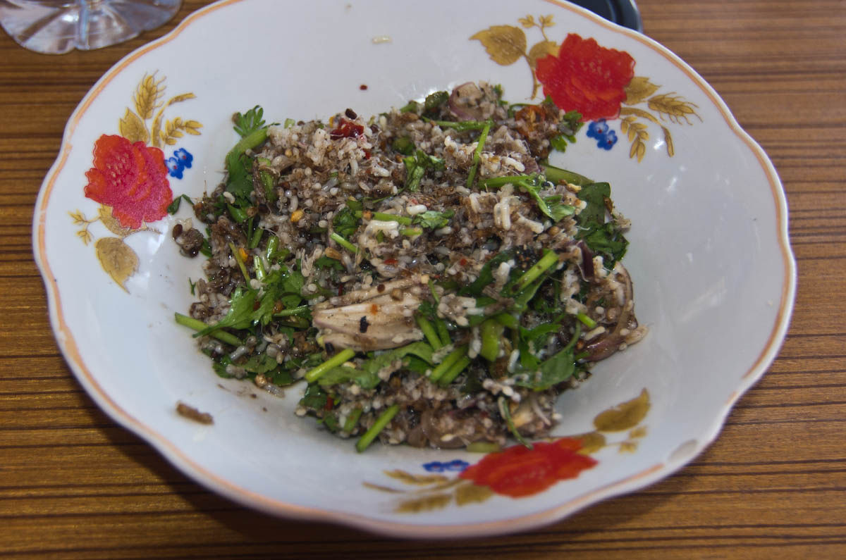 La cuisine lao for Salade pour accompagner poisson